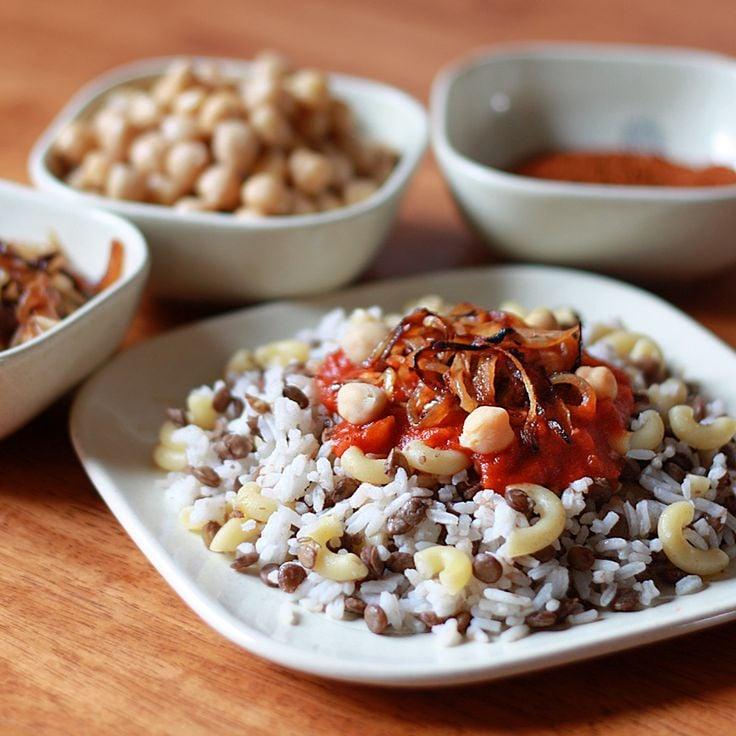 Galleria foto - Ricetta lenticchie riso e pasta Kushari Foto 3