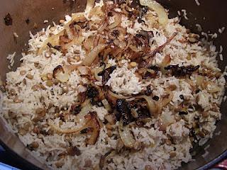 Galleria foto - Ricetta lenticchie riso e pasta Kushari Foto 2