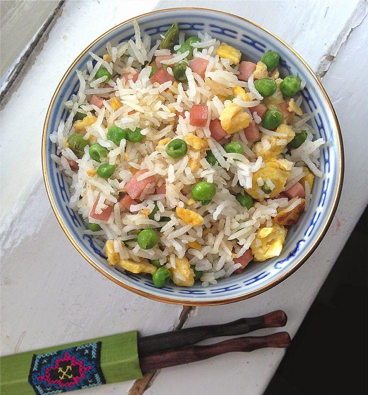 Ricetta riso alla cantonese for Piatto tipico cinese