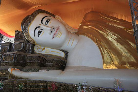 birmania-ShwethalyaungBuddha