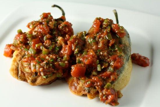 Peperoncini verdi ripieni Chiles Relleno