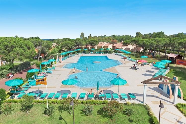 piscina-Villaggio_Li_Cupulatti_Agrustos_Eden_Village_Soggiorni_da_Domenica_a_Domenica_z_