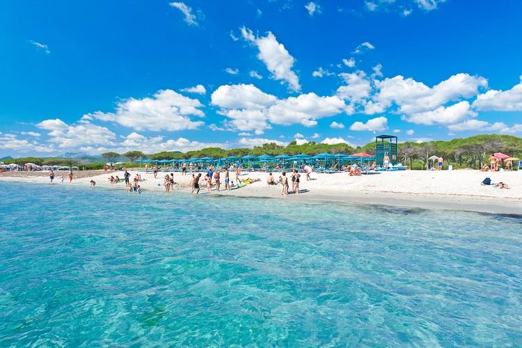 spiaggia-e-mare_Villaggio_Li_Cupulatti_Agrustos_Eden_Village_Soggiorni_da_Domenica_a_Domenica_z_