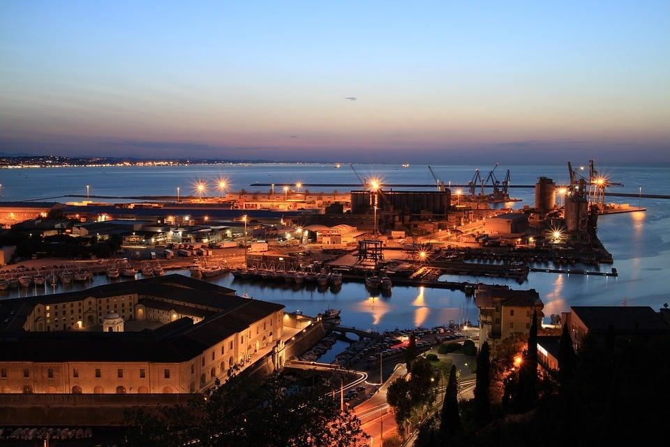 Ancona aperitivo e locali notturni