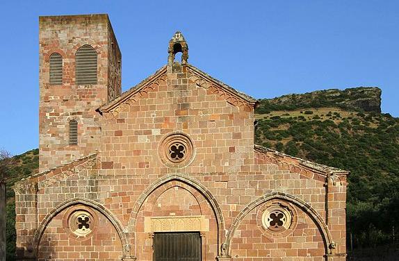 bosa-chiesa-di-san-pietro