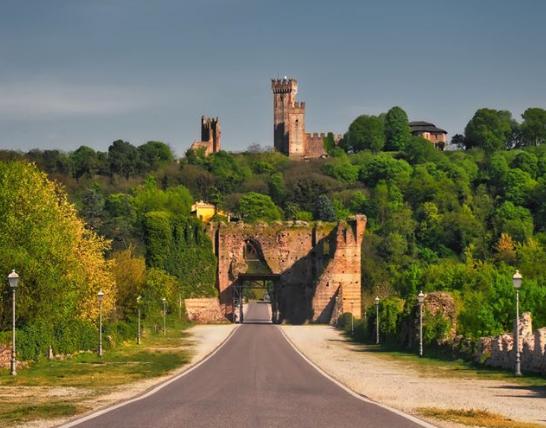 valeggio-sul-mincio-ingresso-al-borgo