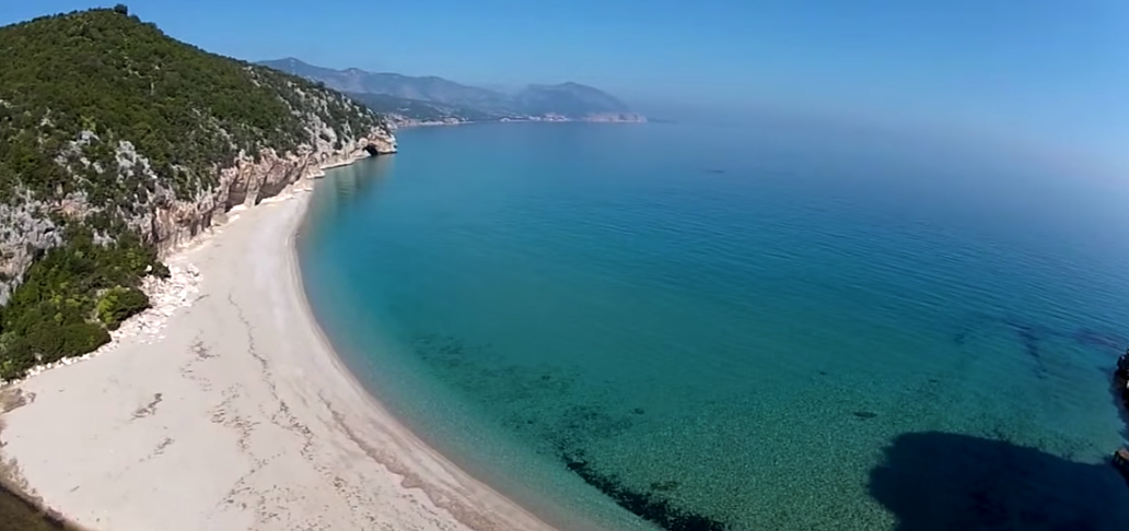 Le 6 Spiagge Libere più belle d'Italia