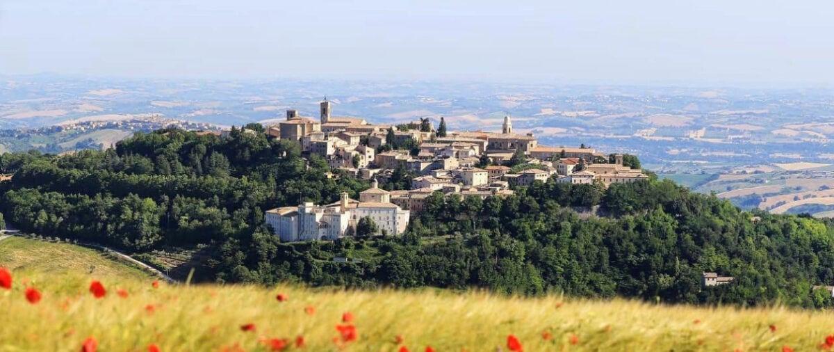 Visitare Cingoli: cosa vedere e cosa fare nel borgo gioiello conosciuto come il Balcone delle Marche