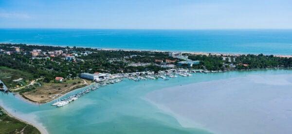 Galleria foto - Vacanze al mare in Veneto: le 5 località turistiche più ambite e prestigiose Foto 2