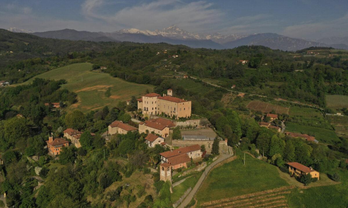 Visitare Manta: attrazioni e luoghi di interesse di uno dei borghi medievali più belli del Piemonte