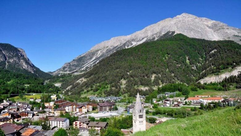 cesana-torinese-chiesa-san-giovanni-battista
