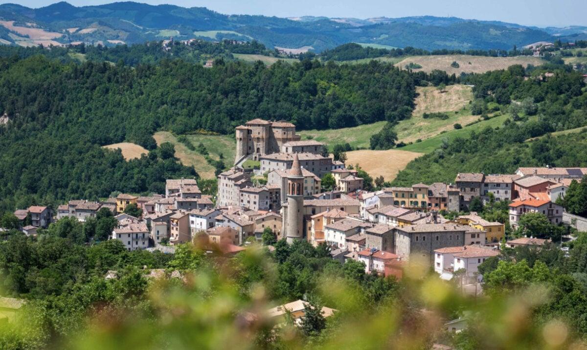 """Visitare Sant'Agata Feltria """"Il Paese del Natale"""": cosa vedere, cosa fare e festa medievale"""